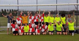 Dames-voetbalteam-PVCV-in-Vleuten