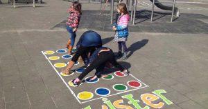 kinderen-spelen-schoolplein