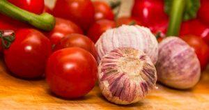 groente_eten_tomaat_knoflook