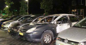 Meerdere-auto's-uitgebrand-in-Leidsche-Rijn