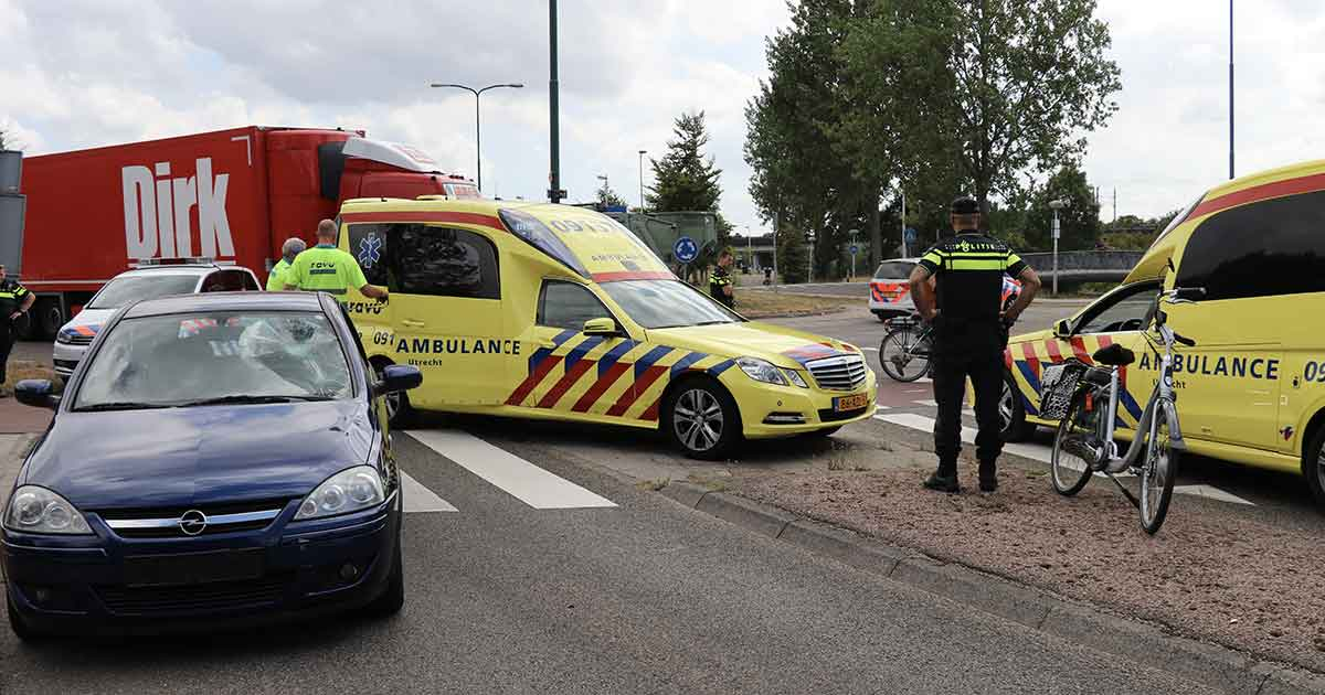Inzet-traumaheli-bij-ongeluk-tussen-auto-en-e-bike-in-Vleuten-foto_112mediautrecht_3