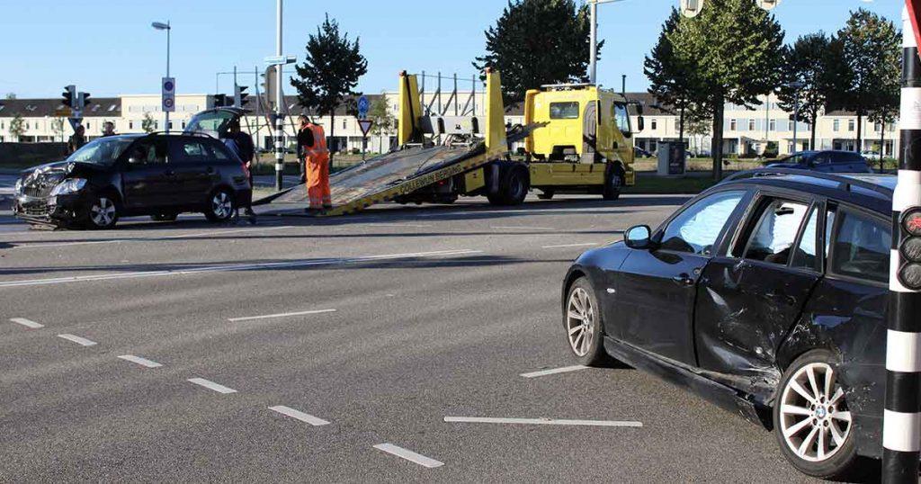 Aanrijding-tussen-twee-auto's-op-de-Vleutensebaan2-foto-112mediautrecht
