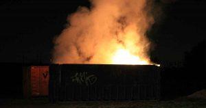 Brandende-container-met-hooi-in-Maximapark-zorgt-voor-flinke-vlammen_foto_112mediautrecht