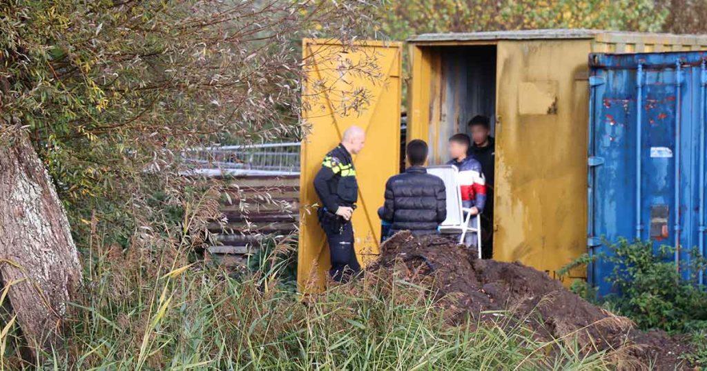 Jongeren-uit-container-gehaald-in-De-Meern2_foto_112mediautrecht