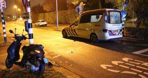 Scooterrijder-aangereden-door-taxi-in-Parkwijk1-foto112mediautrecht
