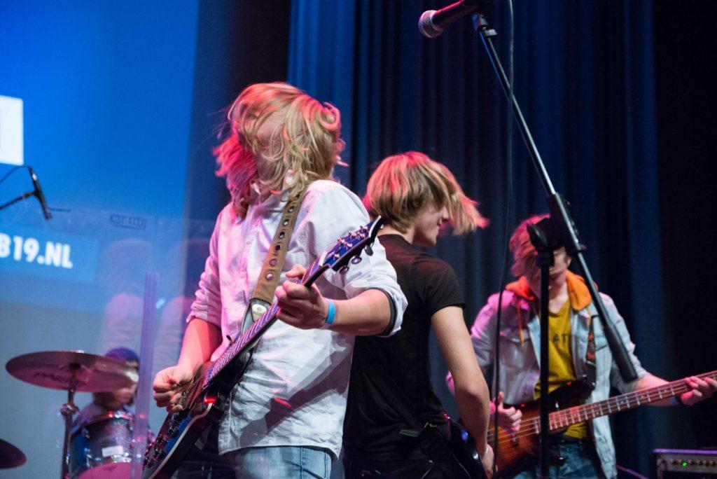 De-mannen-van-Phoenix-speelden-nummers-van-Oasis,-QOTSA-en-Deep-Purple-610_1069_foto-Dinger-Knoop