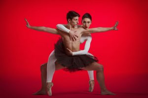DansDonderdag: De Dutch Don't Dance Division - Ballet Black & White @ Podium Hoge Woerd