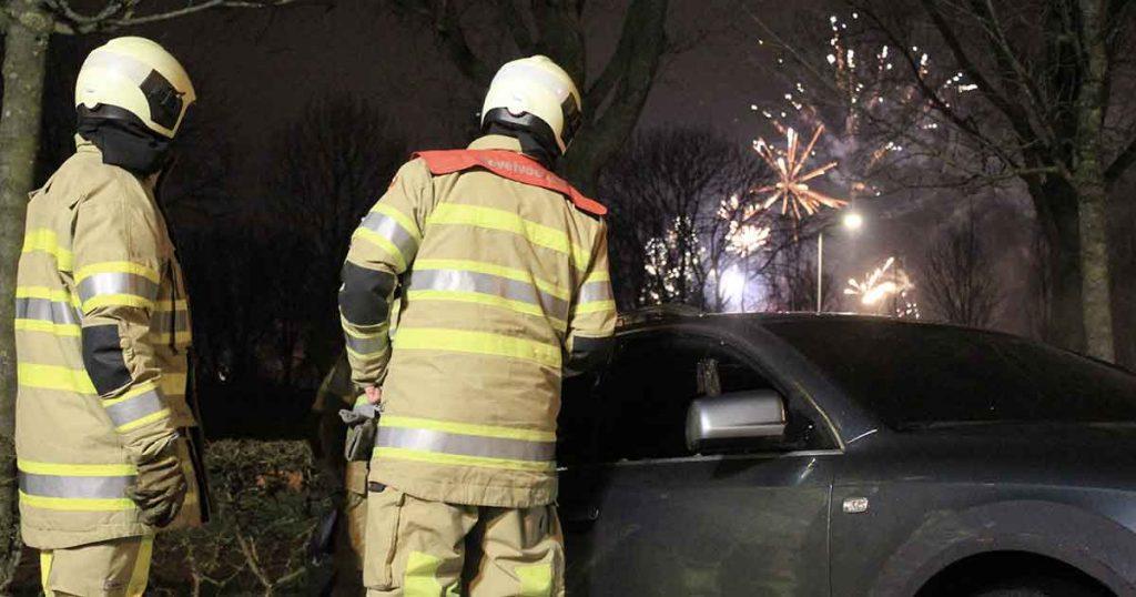 Audi-A6-in-brand-tijdens-jaarwisseling3_foto_112mediautrecht