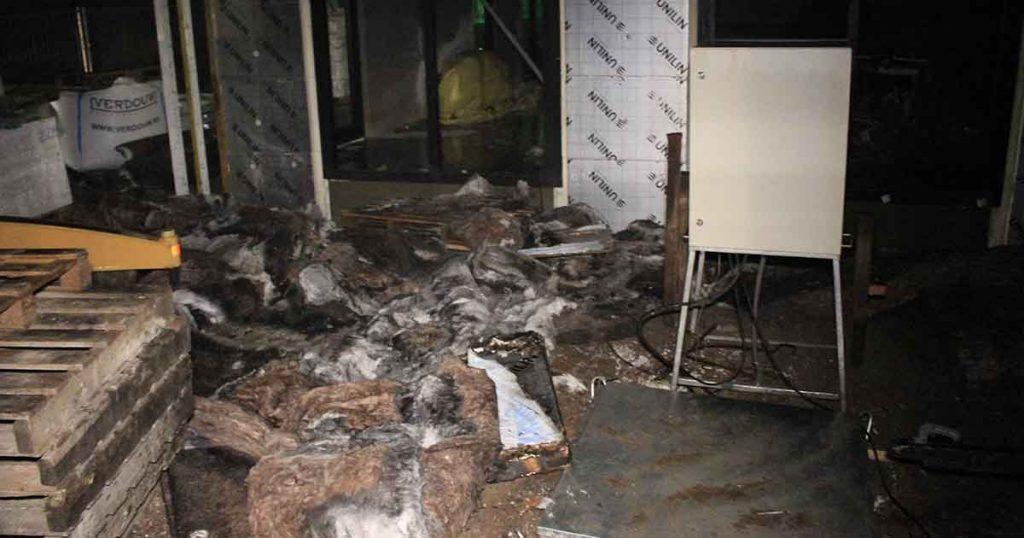 Brandstichting-in-huis-in-aanbouw-aan-Burgemeester-Middelweerdbaan3_foto_112mediautrecht