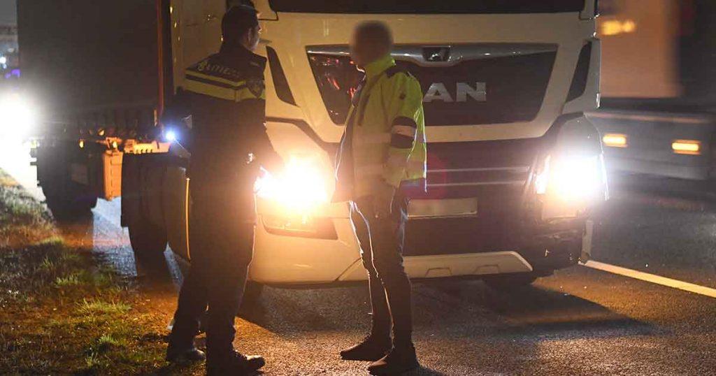 Botsing-op-de-A12-tussen-een-personenauto-en-twee-vrachtwagens_2_foto_112mediautrecht