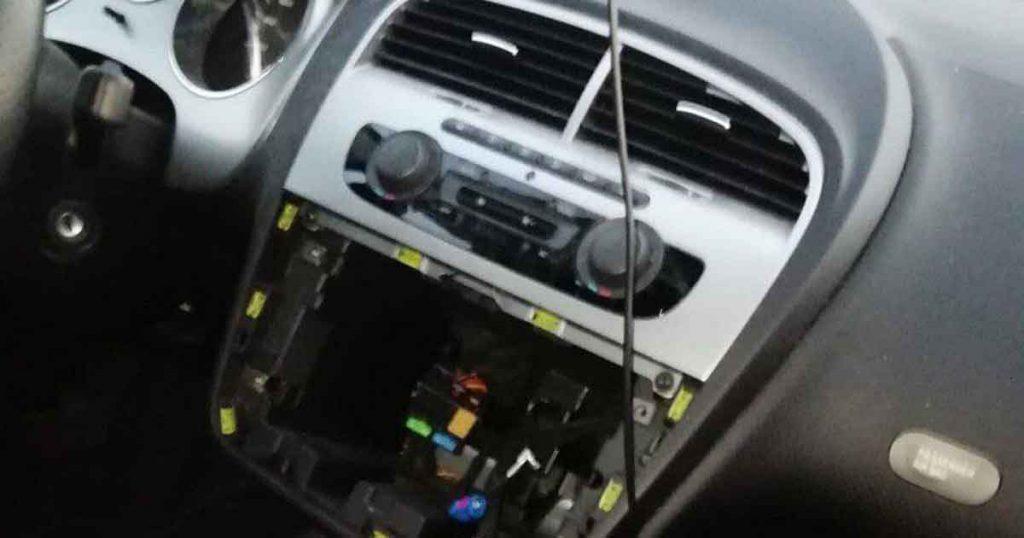 Meerdere-auto-inbraken-in-Terwijde_2