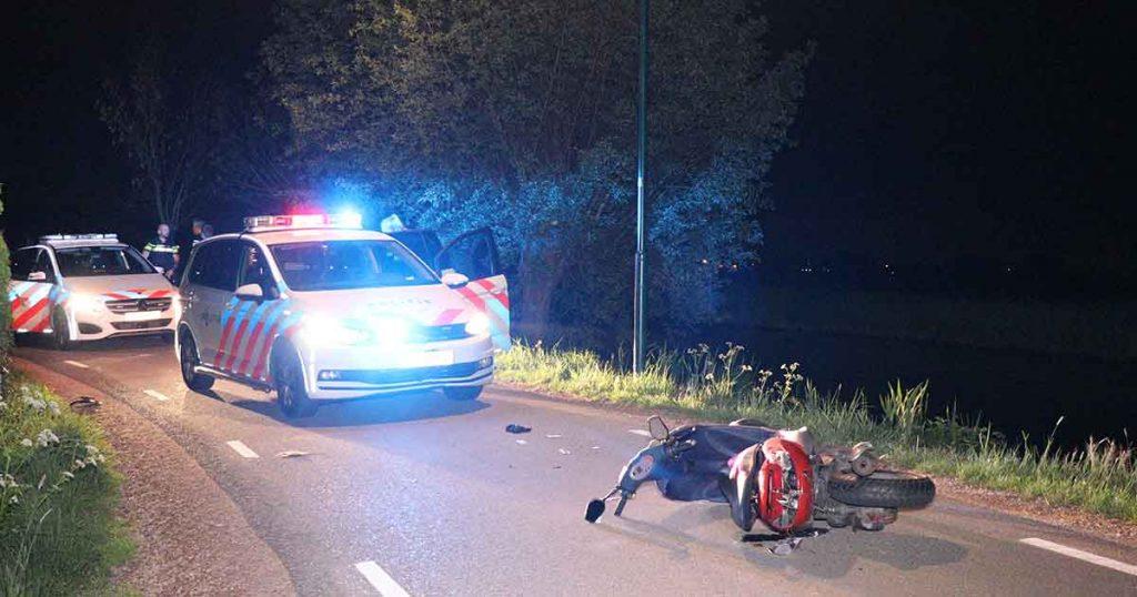 Scooterbestuurder-aangehouden-na-achtervolging-in-Montfoort_foto_112mediautrecht