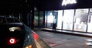 Ramkraak-bij-Apple-reseller-Amac-in-The-Wall_foto_politie
