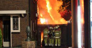 Uitslaande-brand-in-garage-De-Meern5_foto_112mediautrecht