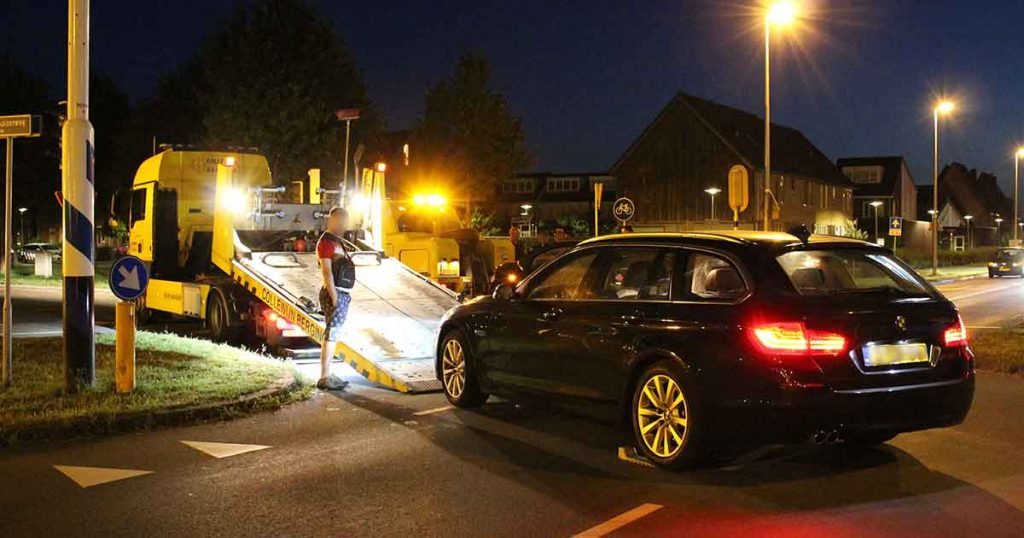 Aanrijding-tussen-twee-autos-in-Vleuterweide_foto_112mediautrecht