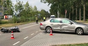 Motorrijder-en-auto-met-elkaar-in-botsing-op-de-Europaweg2_foto_112mediautrecht