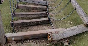 Vandalisten-speeltuin-IJzervarensingel-gezocht