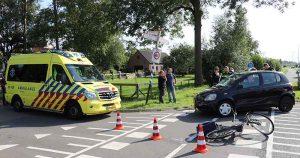 Fietsster-geschept-door-auto-tussen-De-Meern-en-Montfoort_1_foto_112mediautrecht