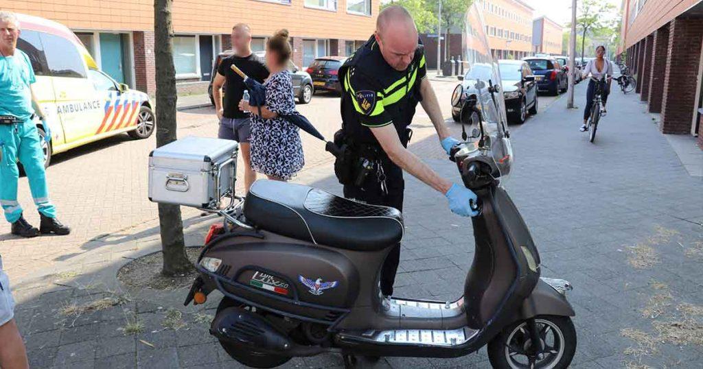 Scooterrijder-gewond-na-botsing-met-bestelbus-in-Parkwijk3_foto_112mediautrecht