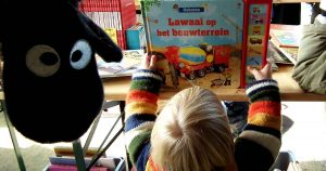 kinderboekenmarkt_brede_school_het_zand_foto_frank_peek