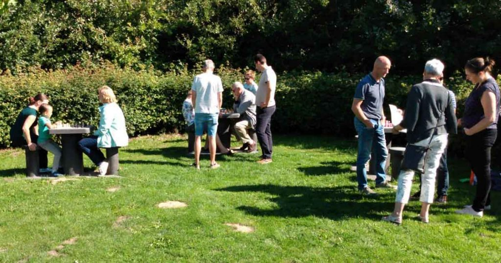 Eerste-Nederlandse-parkschaakvereniging2_foto_Jesus_Medina_Molina