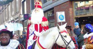 Intocht-Sinterklaas-in-Leidsche-Rijn-Centrum_5_foto_hp_van_rietschoten