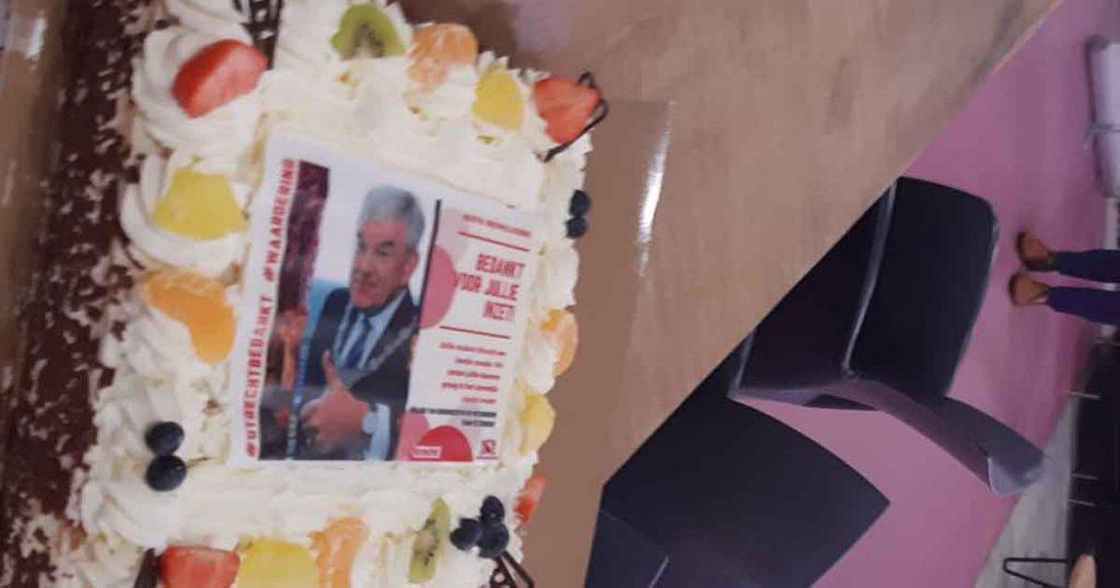 taart-met-de-burgemeester-erop_foto_hp_van_rietschoten