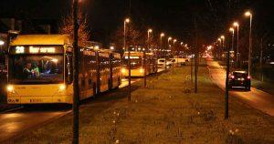 Weg-in-Vleuterweide-twee-uur-afgesloten-na-bus-met-klapband3_foto_112mediautrecht