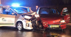 Twee auto's zwaar beschadigd na aanrijding op berucht kruispunt in De Meern4_foto_112mediautrechtjpg