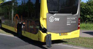 Aanrijding tussen dieplader en stadsbus in Vleuten2_foto_112mediautrecht