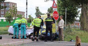 Scooterrijdster gewond op Jan Wolkerssingel in Leidsche Rijn na aanrijding met auto Leidsche Rijn