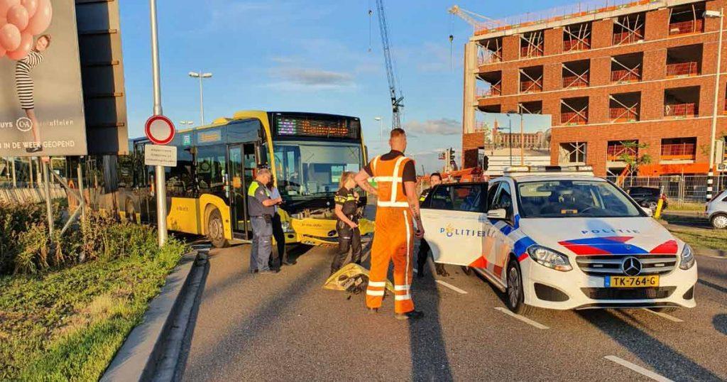 Dronken automobilist knalt tegen stadsbus in Leidsche Rijn_1_foto_112mediautrecht