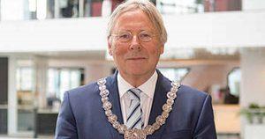 waarnemend Burgemeester Peter Den Oudsten | Foto: Desiree Meulemans
