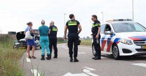 Automobilist knalt in Veldhuizen tegen lantaarnpaal aan_4_foto_112mediautrecht