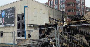 Chaos en verwrongen staal   Foto: Hans Peter van Rietschoten