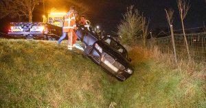 Automobilist raakt macht over het stuur kwijt en belandt in de greppel_4_foto_112mediautrecht