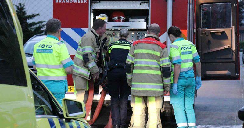 Brandweer-blust-brand-in-schuur-1-slachtoffer-mee-naar-ziekenhuis_foto_112mediautrecht