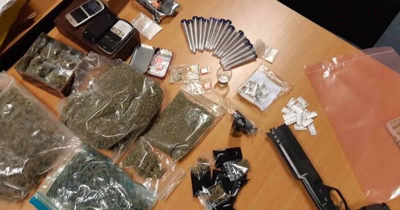 Drugsdealer opgepakt in Leidsche Rijn door slimme agenten_foto_politielr