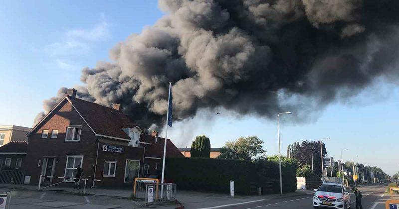 Grote-brand-op-Strijkviertel_foto_112mediautrecht