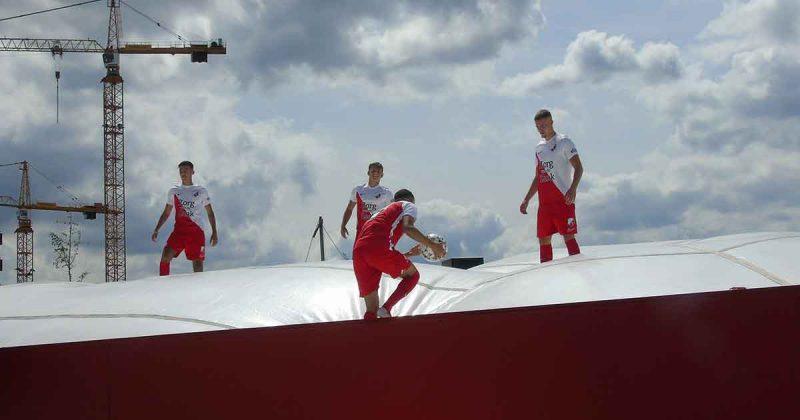Mehdi Lehaire, Dragos Albu, Davy van den Berg en Yassin Nasser | Foto Hans Peter van Rietschoten