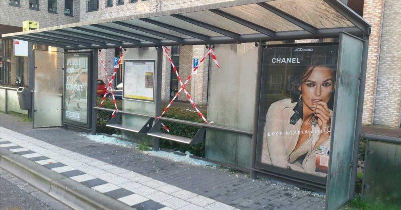 Vandaal-aangehouden-voor-slopen--bushokjes-Utrechtse-Heuvelrug